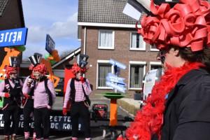 Optocht Heijen 2019 053 (Middel)